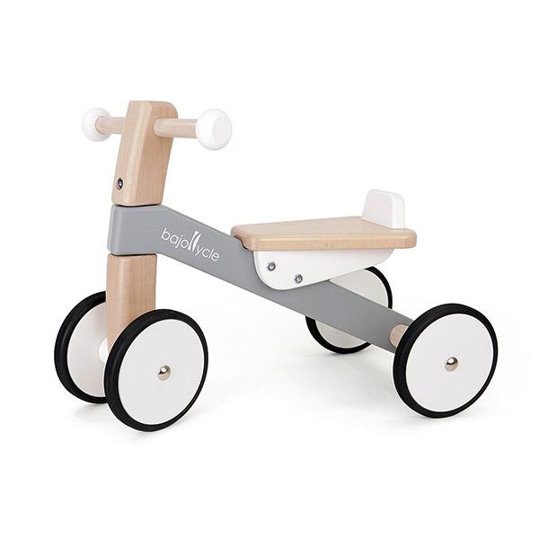 木の四輪バイク